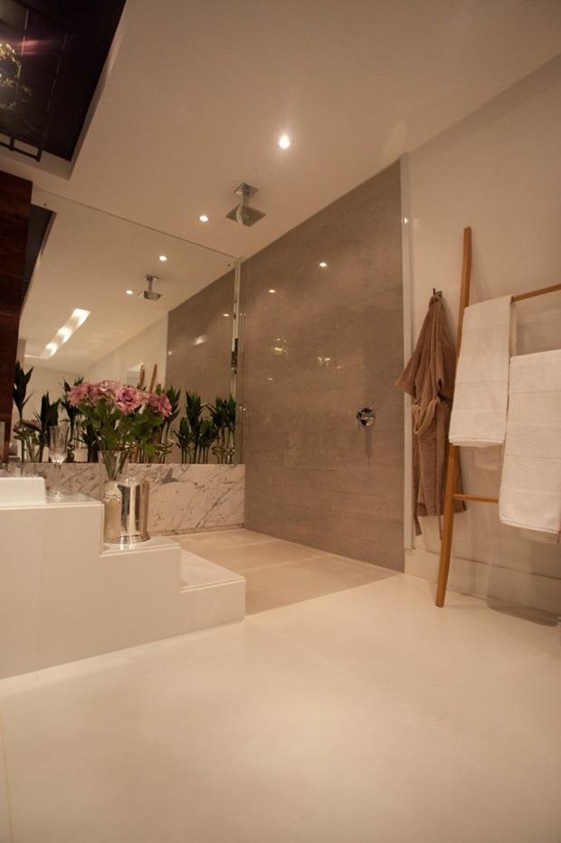 Pisos e revestimentos para banheiros como usar for Pisos para casas estilo minimalista