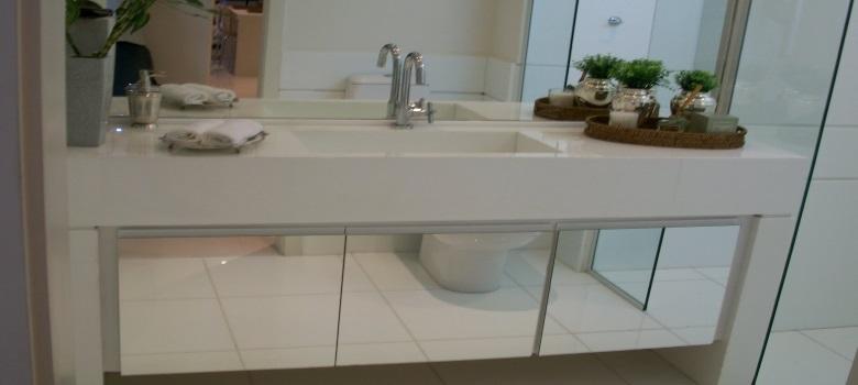 Armário com Espelho para Banheiro  Como Decorar -> Armario De Banheiro Com Espelho Inox