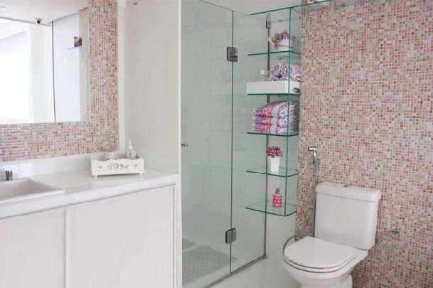 Banheiro Pequeno Decorado  Guia Completo de Decoração -> Banheiro Pequeno Decorado Com Adesivo