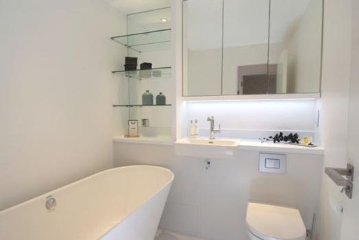 e a banheira Banheiro Pequeno Decorado (2)
