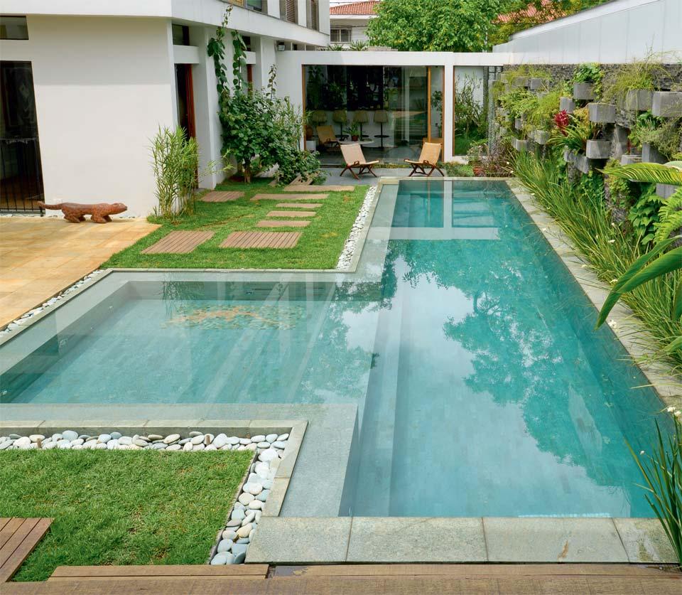 Lindas piscinas de luxo arte personalizada em piscinas for Piscinas de material