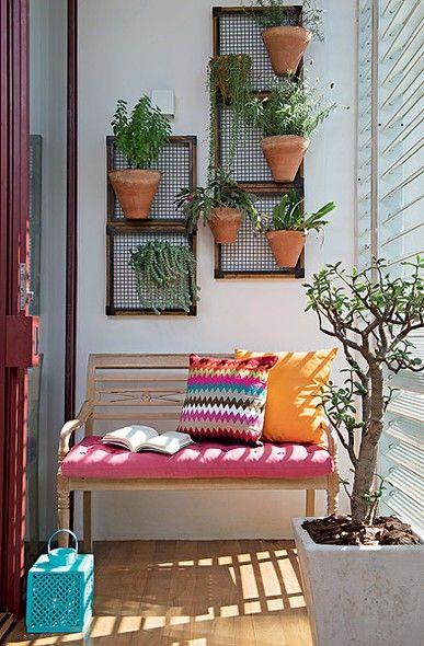 Ideias para montar jardins pequenos jardim vertical